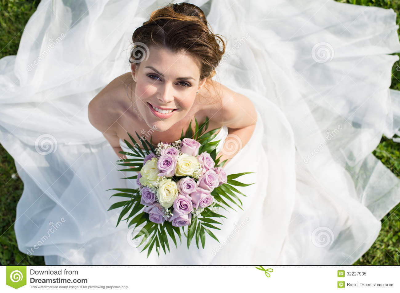 Portrait Of Beautiful Bride Royalty Free Stock Photo - Image: 32227935