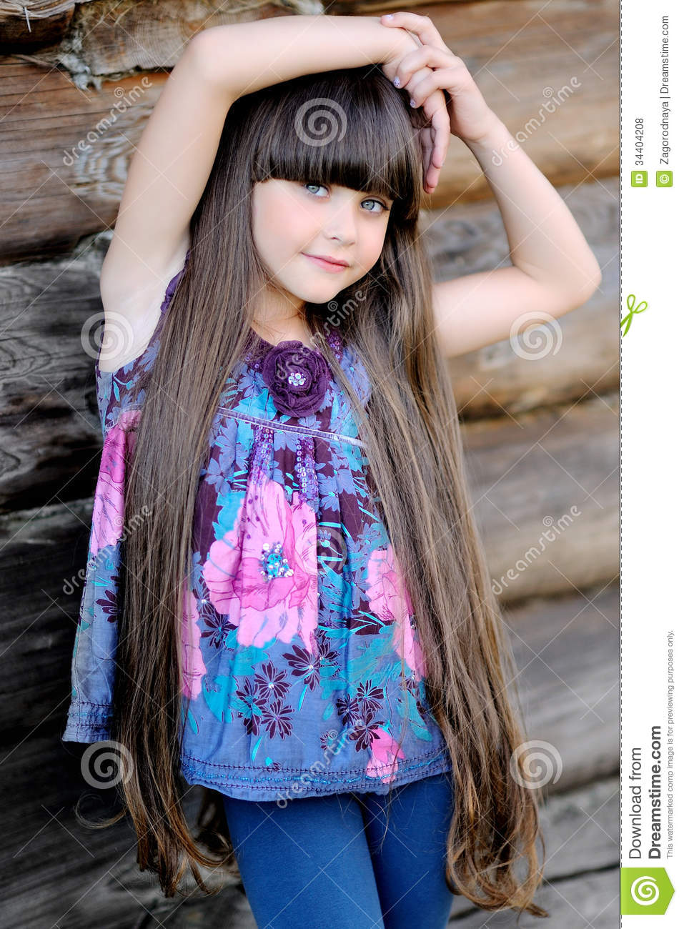 Little Beauty Royalty Free Stock Images: Portrait Of A Beautiful Little Girl Stock Photo