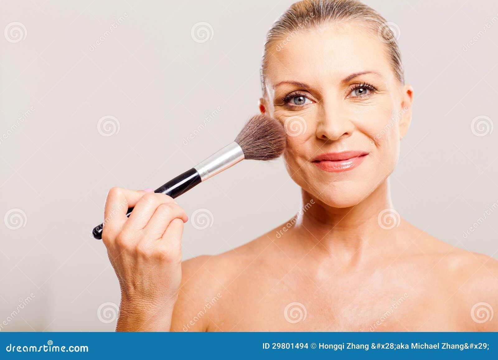 mature pubic hair nude