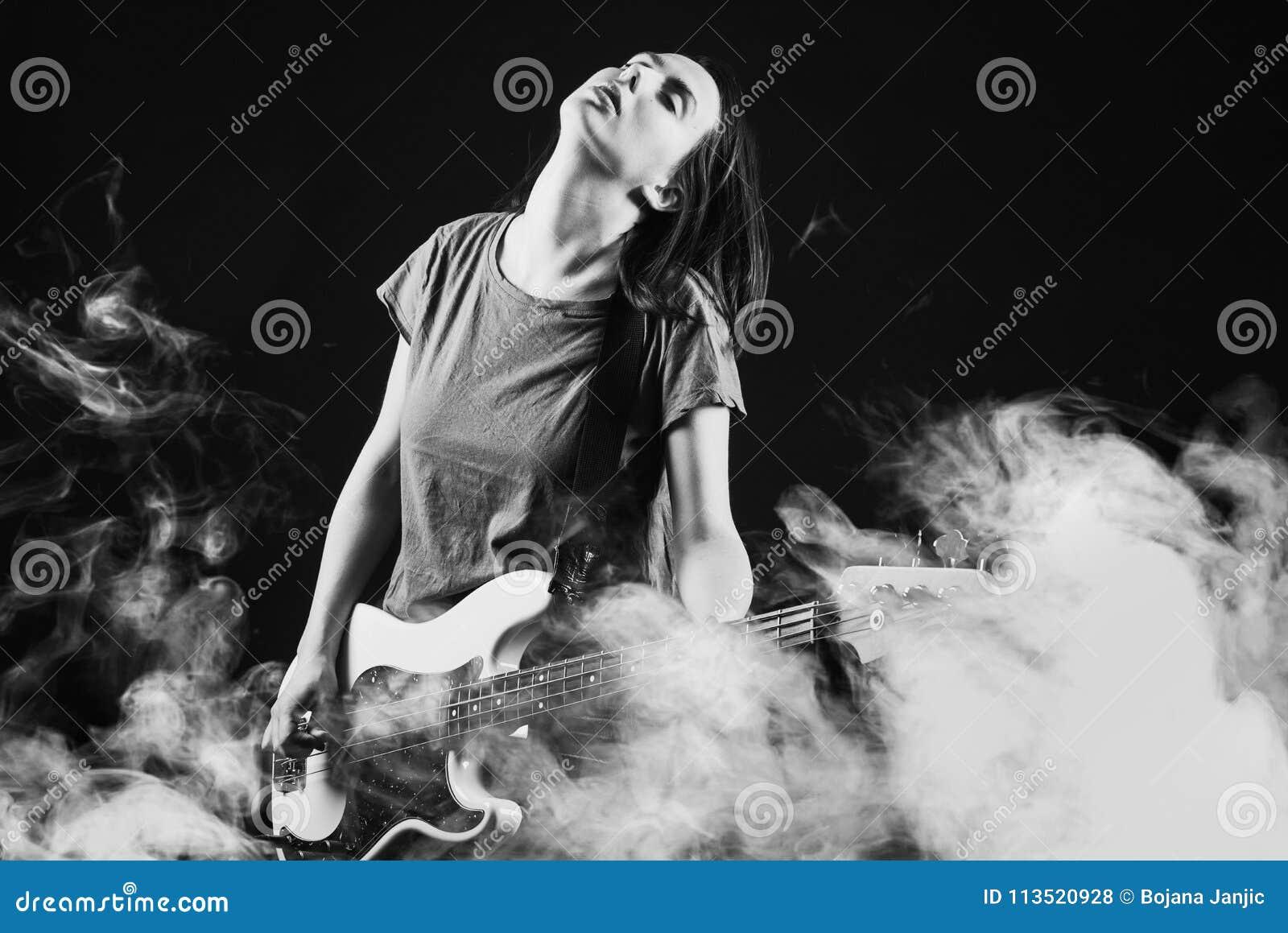 Beauty Smoking Michelle Hot