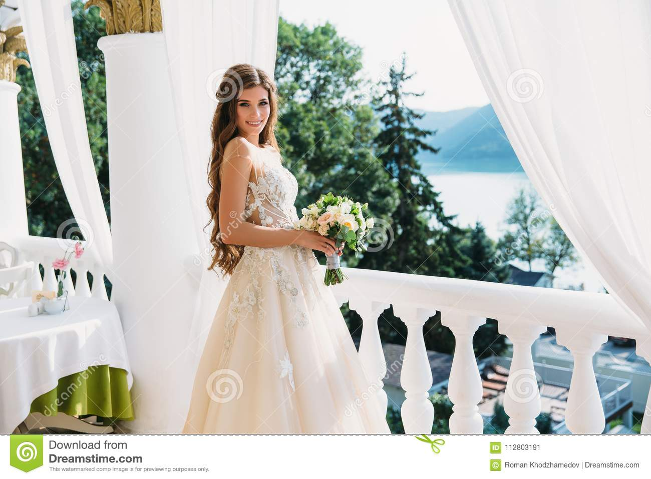 Dresses wedding under 1000 dollars
