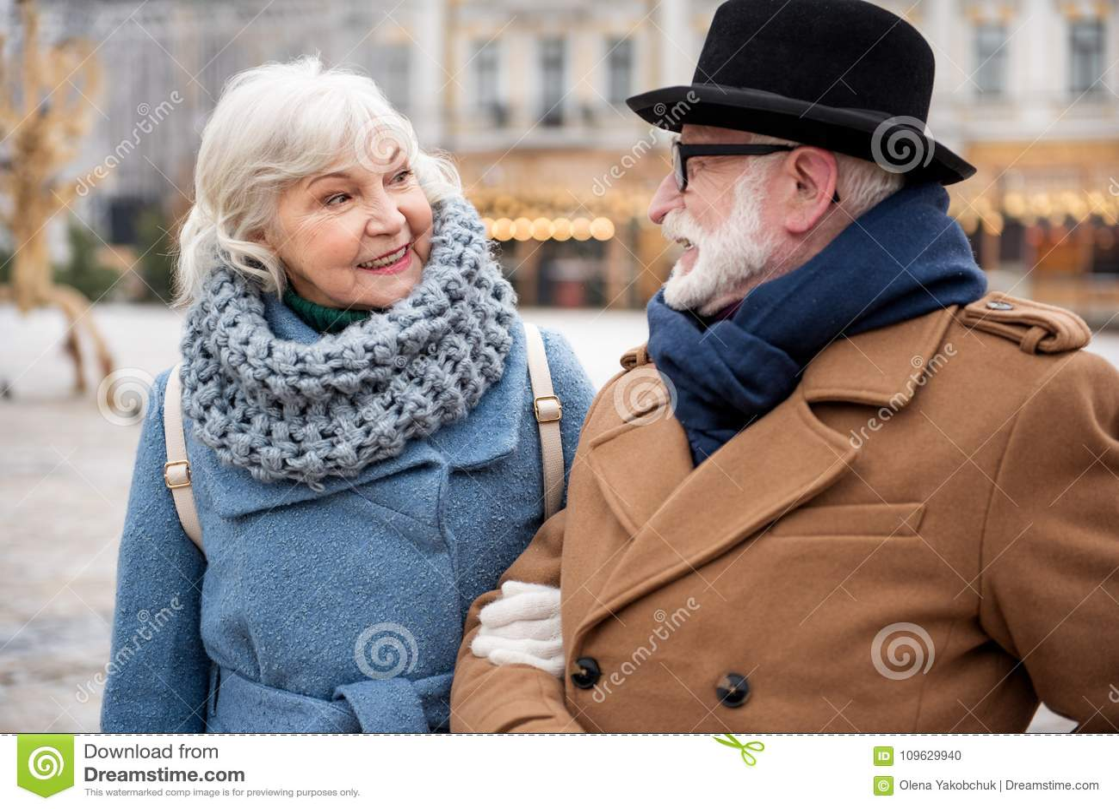 Mature married women pics