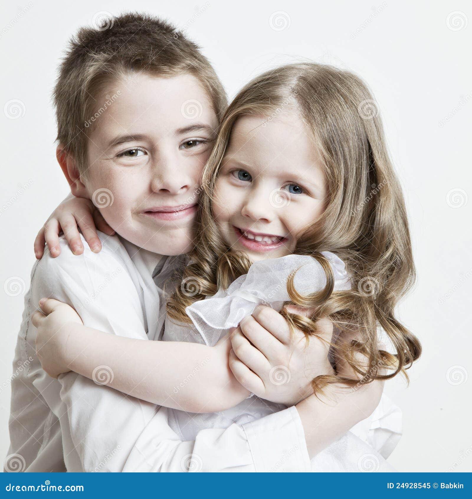 Секс домашный брат с сестрой 8 фотография