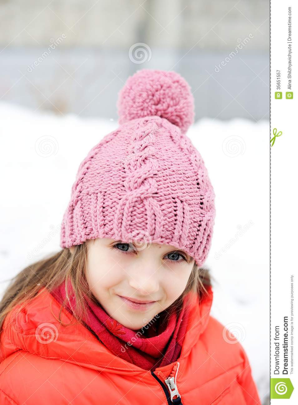 ca3976292 Portrait Of Child Girl In Winter Clothes Stock Image - Image of ...