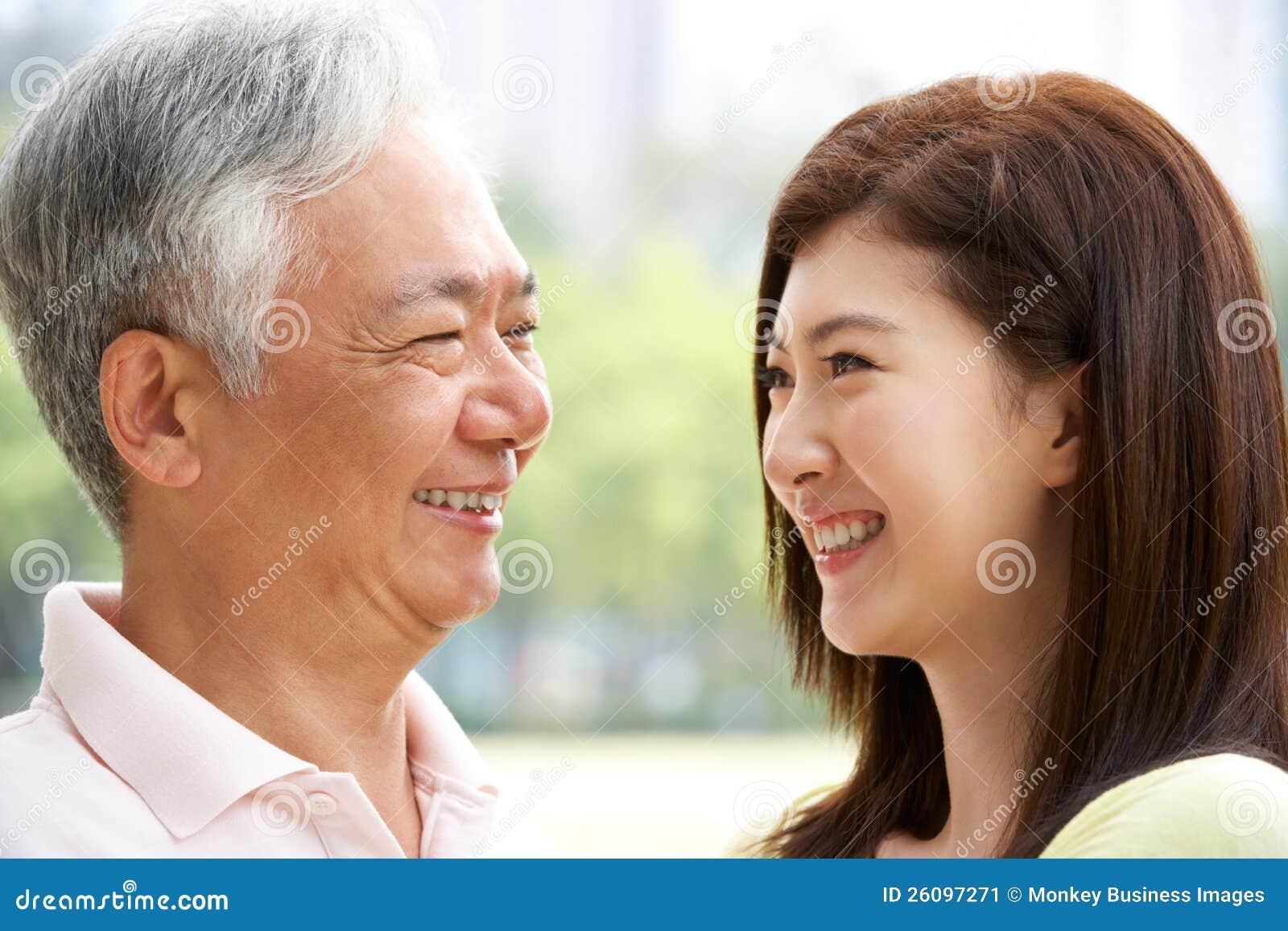 Толстая дочь и отец онлайн, Толстая дочка -видео. Смотреть толстая дочка 28 фотография