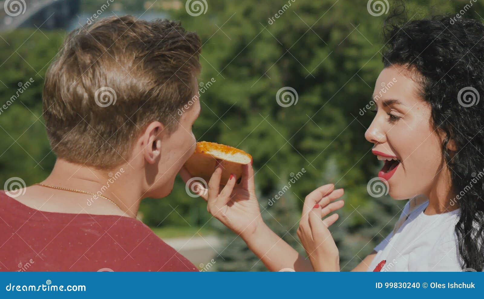boyfriend Girl eats