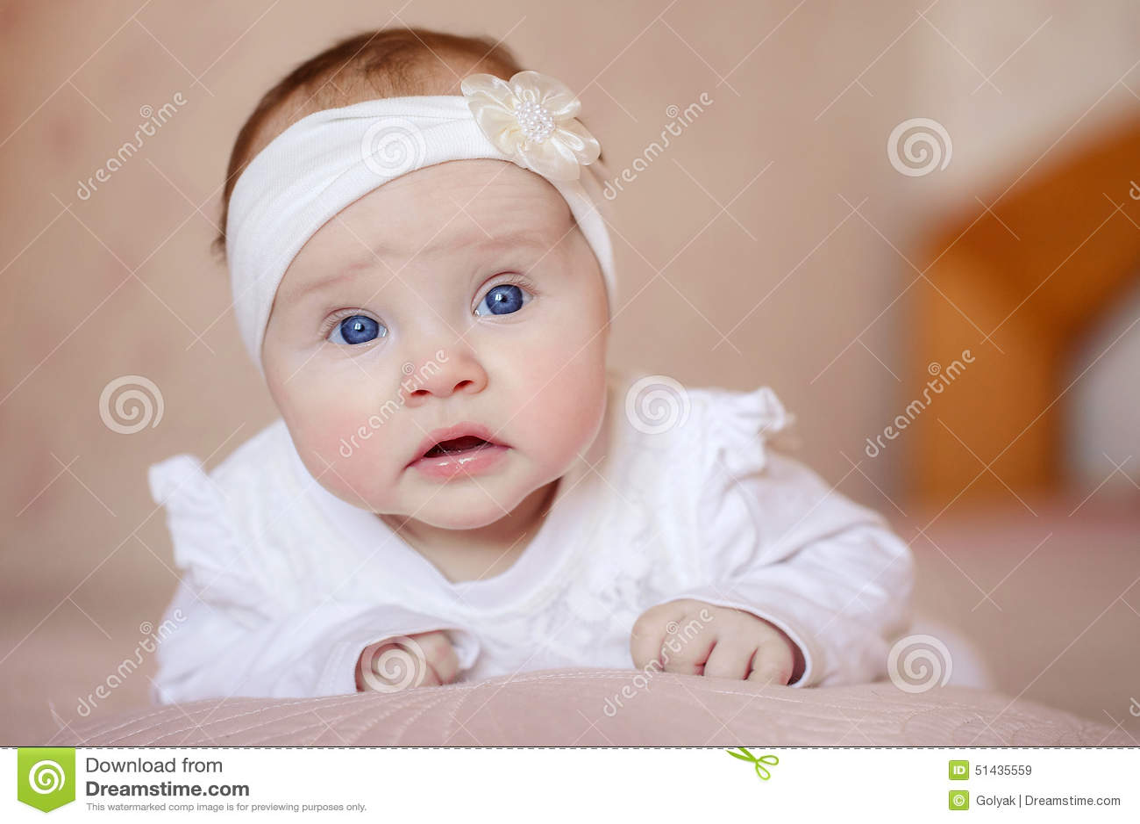 Robe blanche bebe 3 mois