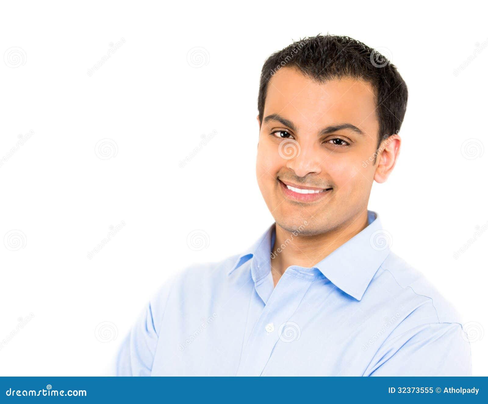 Portrait d un jeune homme bel heureux d affaires