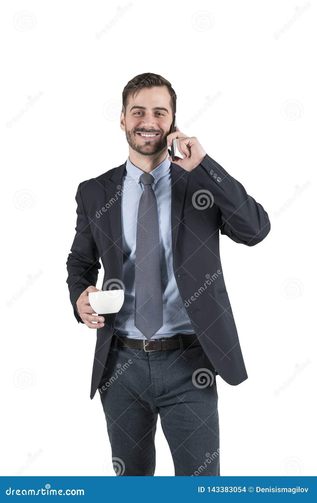 Portrait d un jeune homme de sourire d affaires utilisant le smartphone