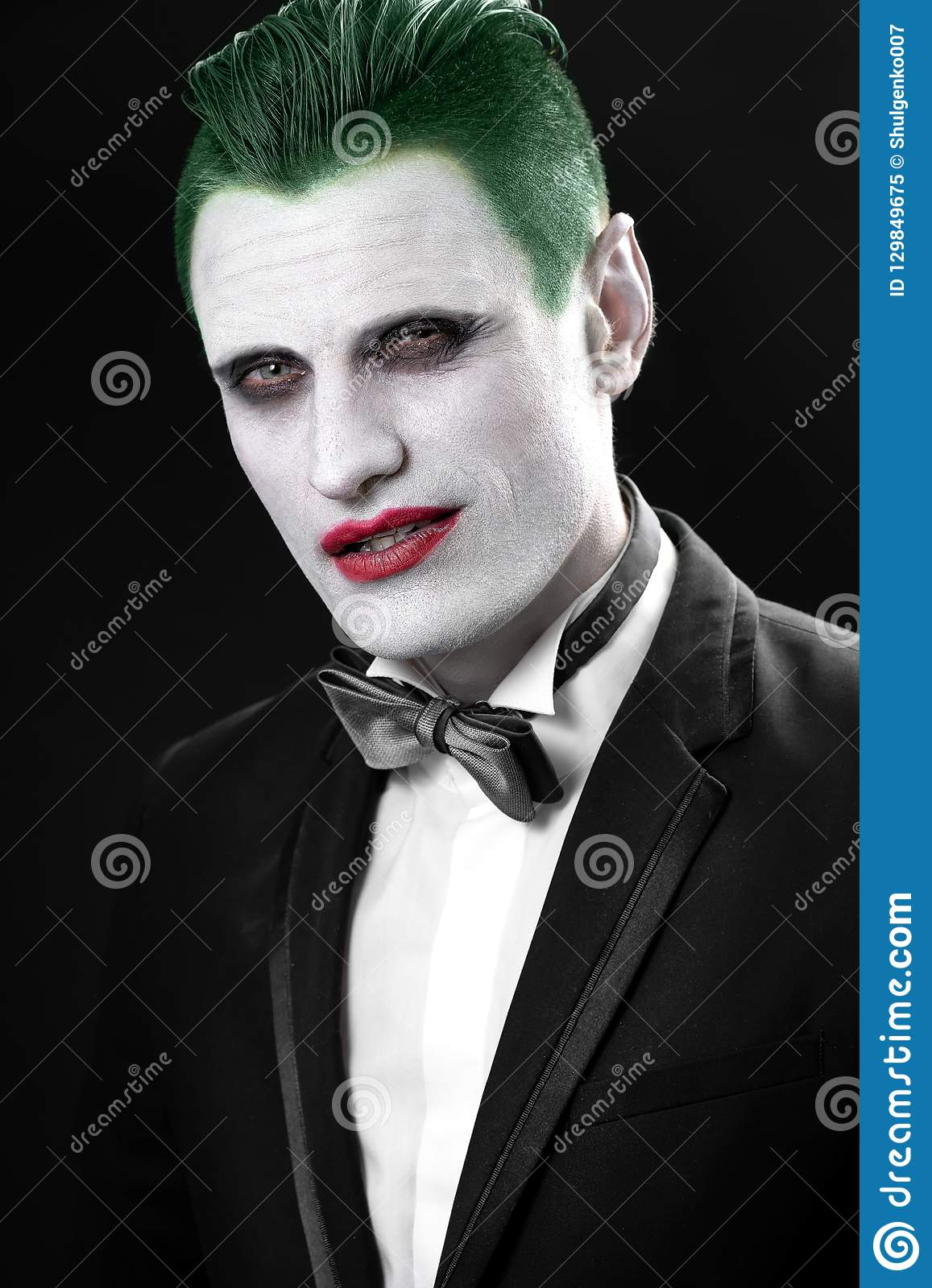 Portrait D\u0027un Joker Maquillage Pour Halloween Image Folle D