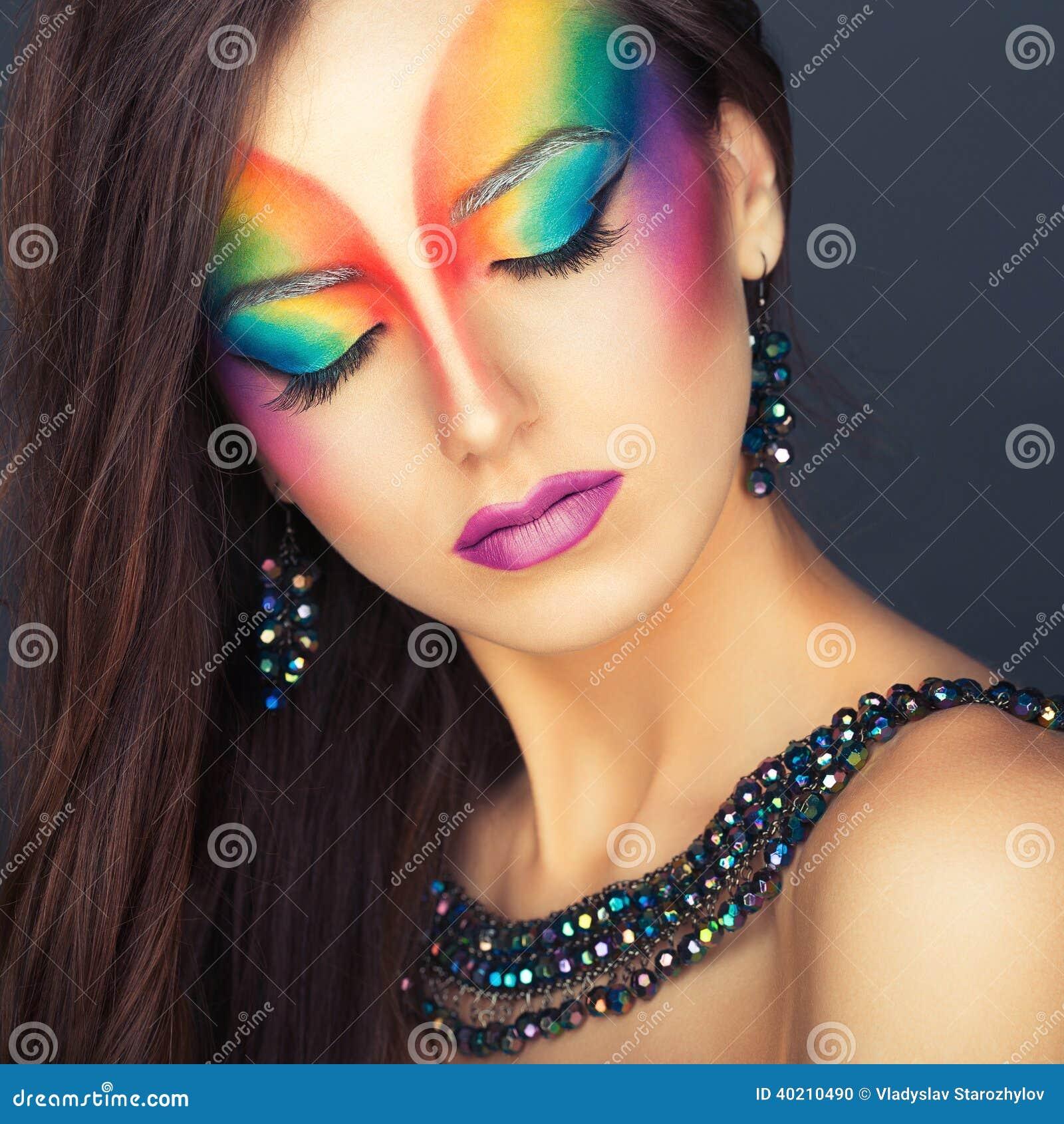 portrait d 39 une belle fille avec un multicolore lumineux de. Black Bedroom Furniture Sets. Home Design Ideas