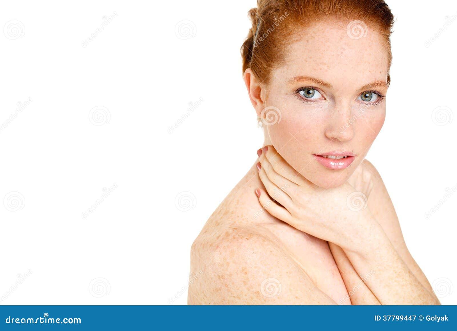 portrait de belle femme touchant son visage femme avec la peau propre fra che beau visage. Black Bedroom Furniture Sets. Home Design Ideas