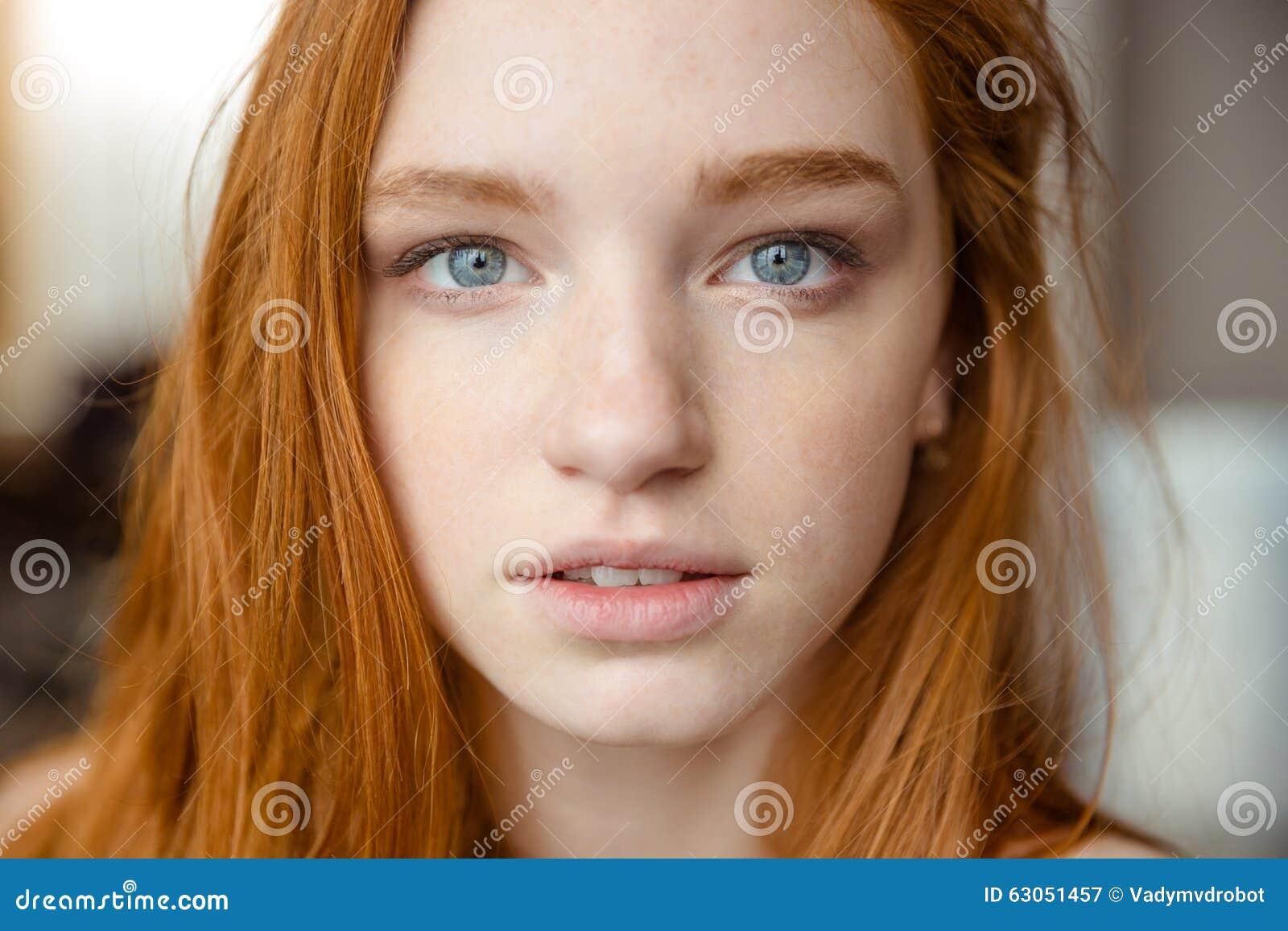 Connexion adolescent russe rousse avec