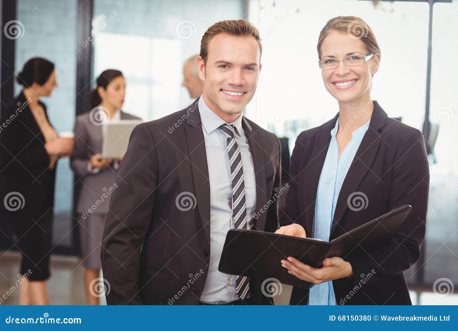 Agence de rencontre homme d'affaire
