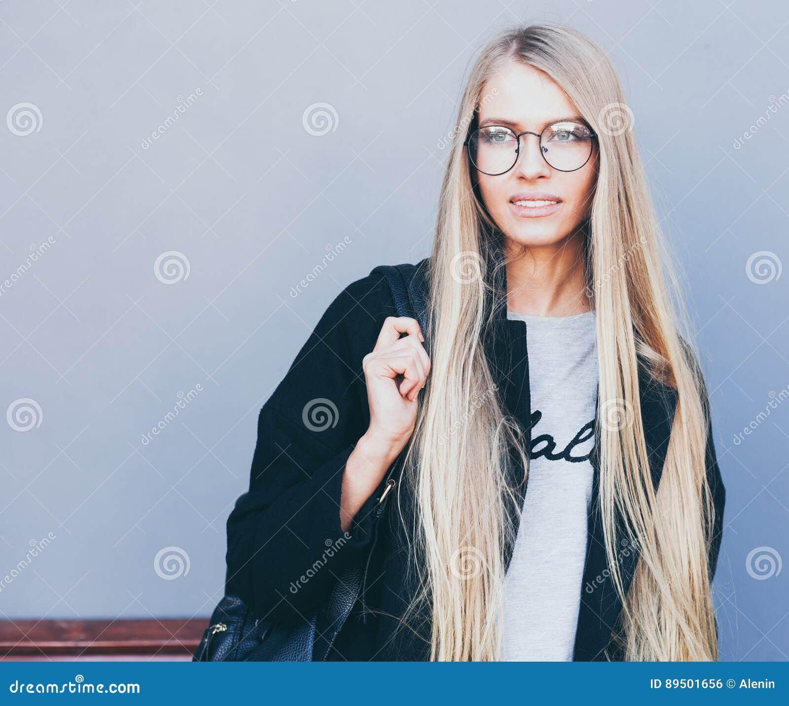 Modele de coupe de cheveux boule
