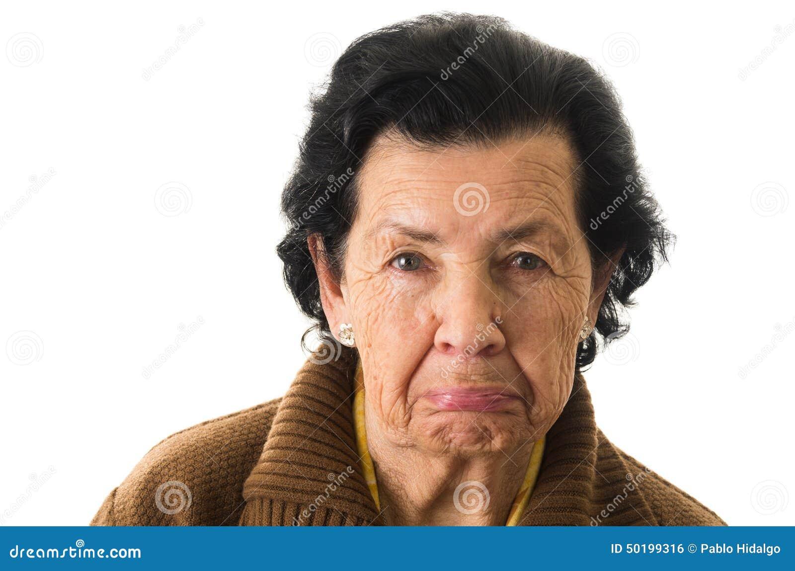 Portrait de vieille grand-mère excentrique de femme