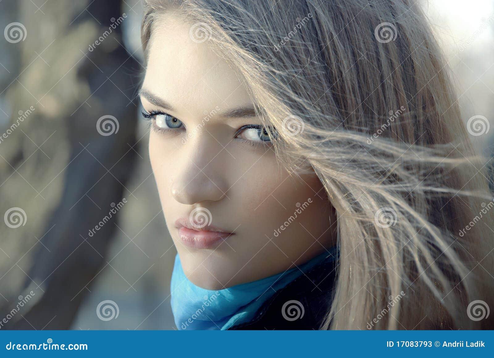 Portrait des Schönheitsmädchens