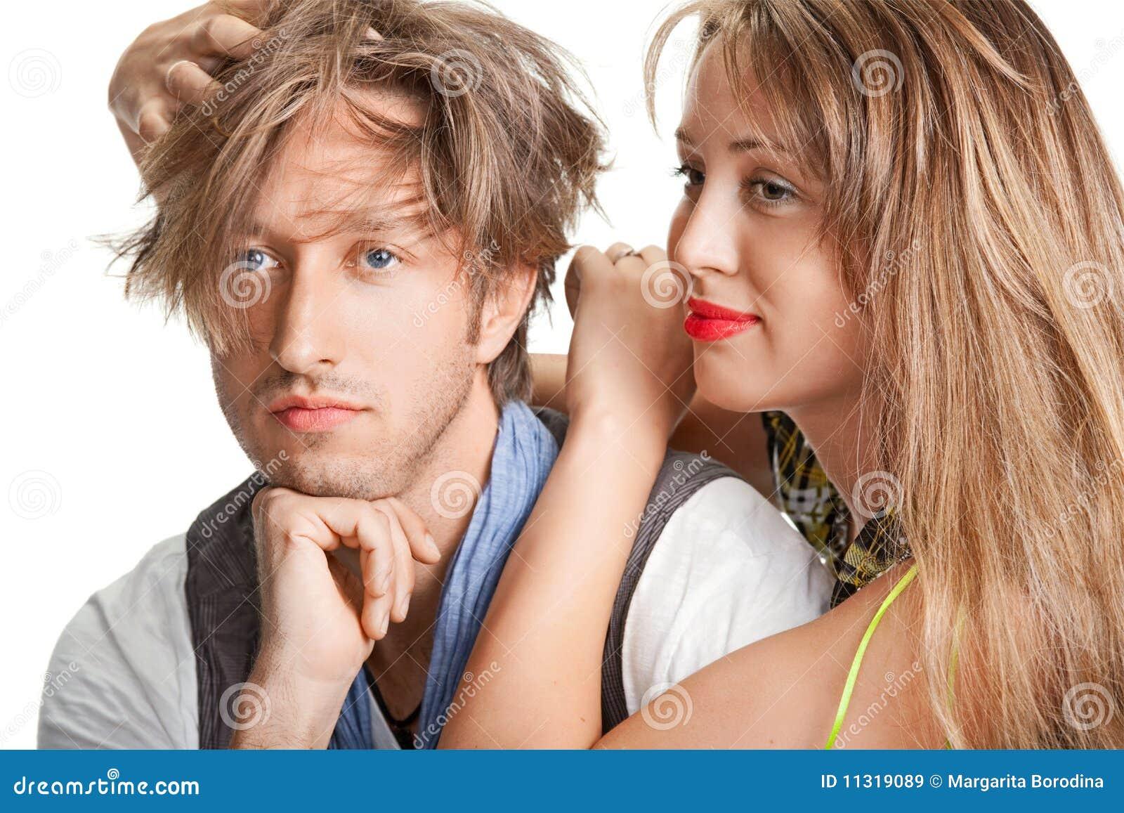 Portrait eines jungen schönen Paares.