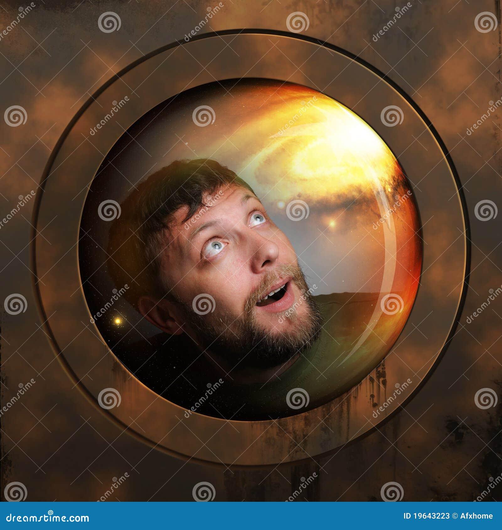 Portrait eines Raumfahrers in einem Raumschiff
