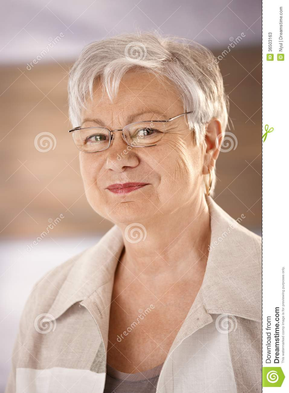 Portrait of elderly woman with glasses