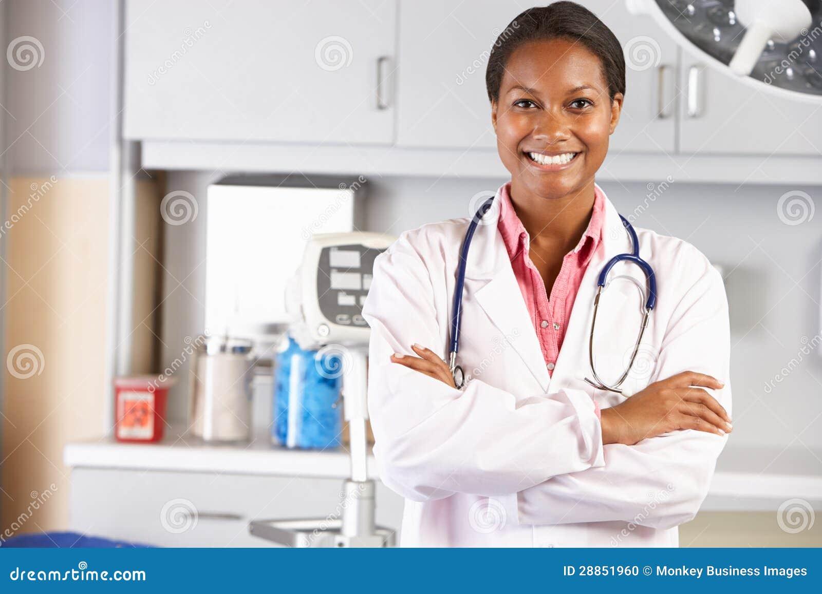 Фото в кабинете у врача 21 фотография