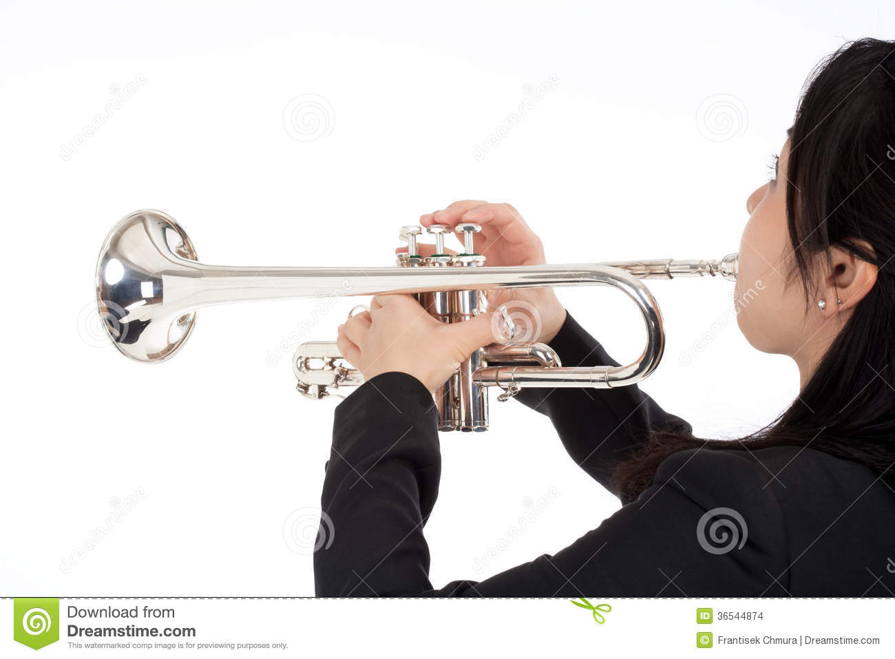 how to play trumpet quietly