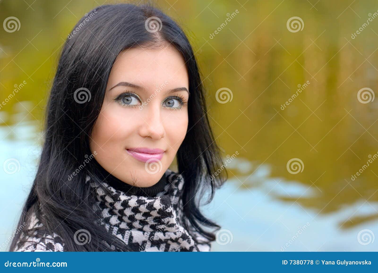 Portrait Girl on nature
