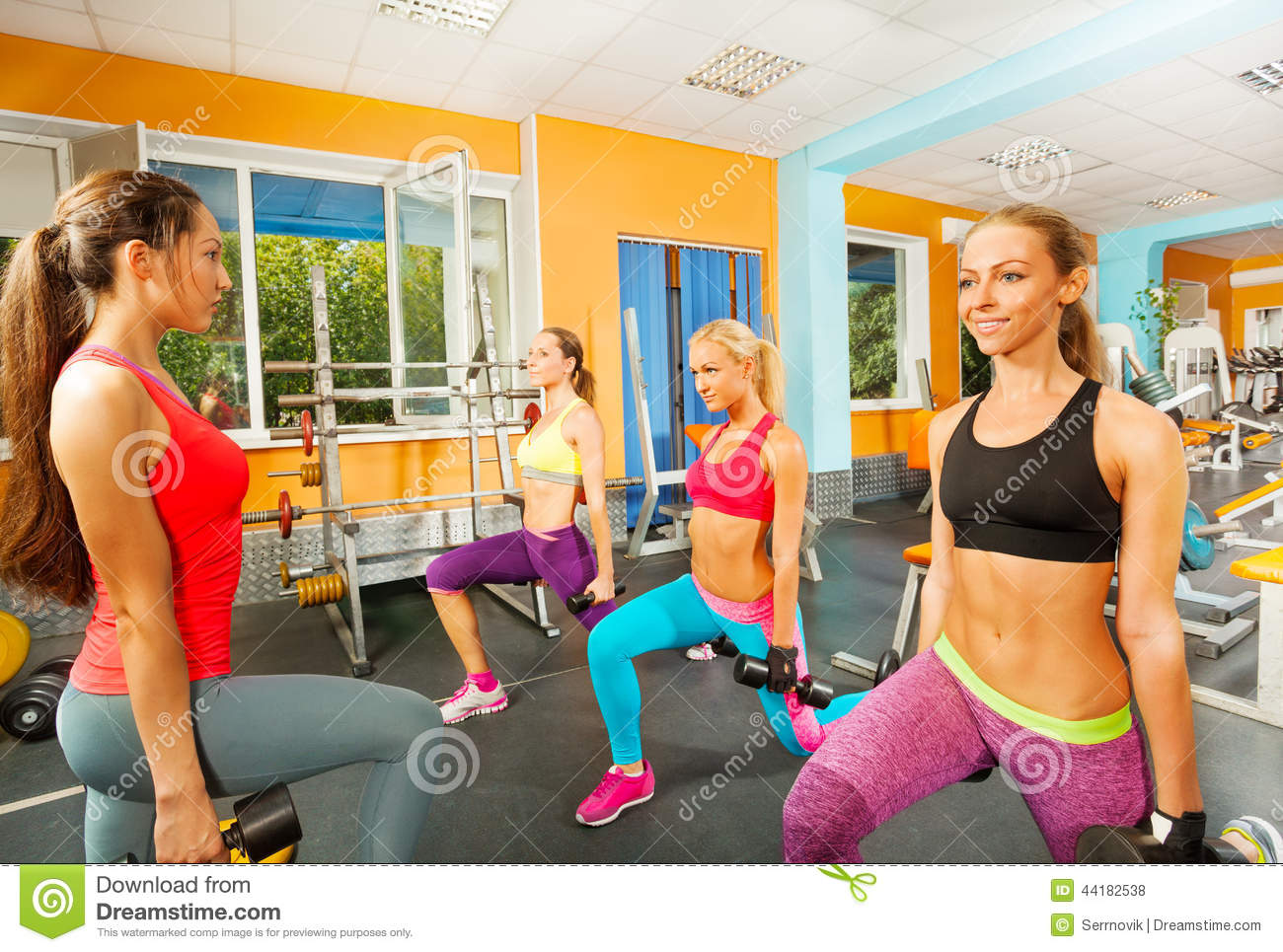 hook up with a girl at the gym There are so many amazing looking girls at my gym how to ask a girl out at the gym w/o being creepy for more powerful strategies for hooking up with.