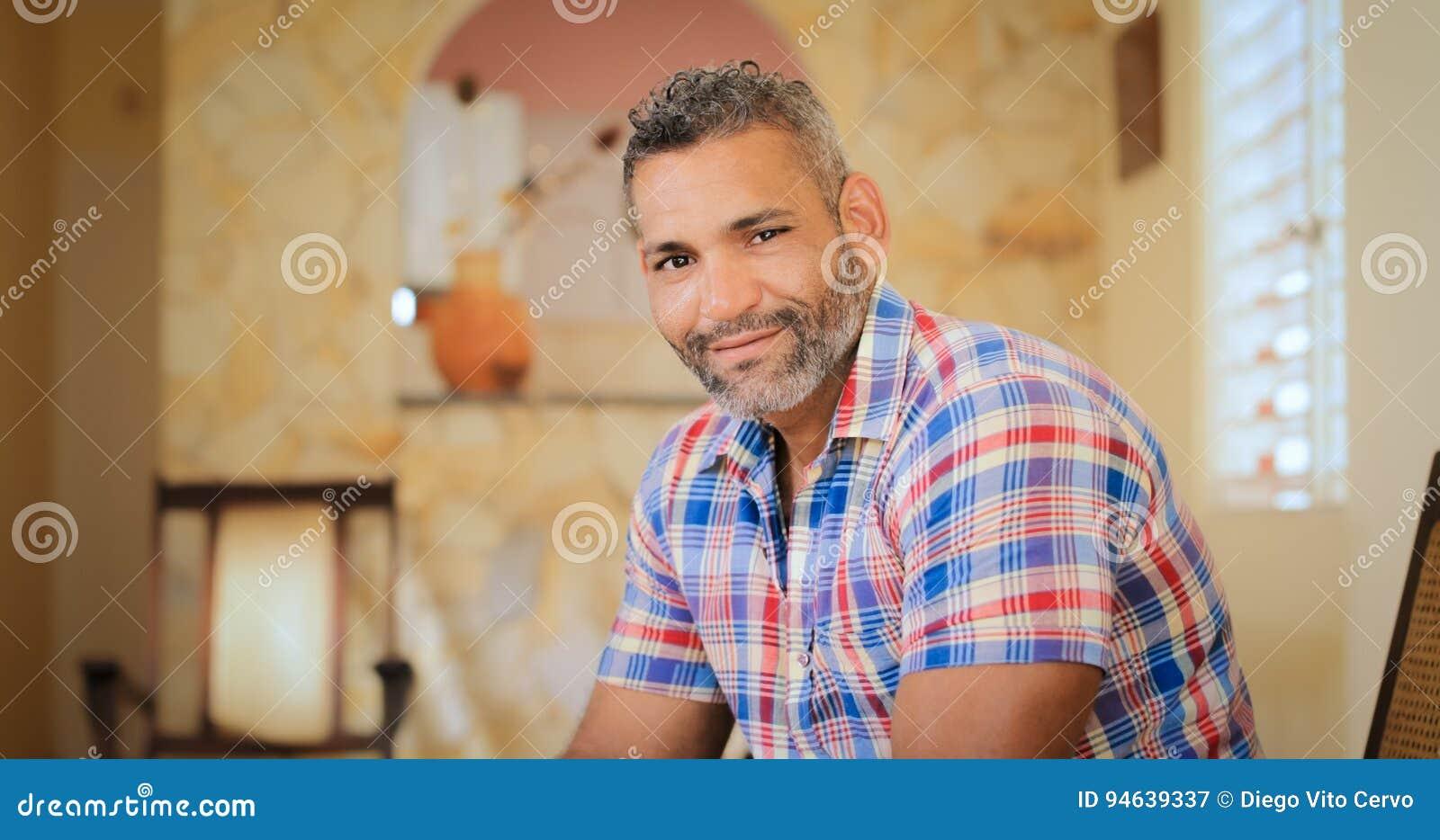 Adult gay cam