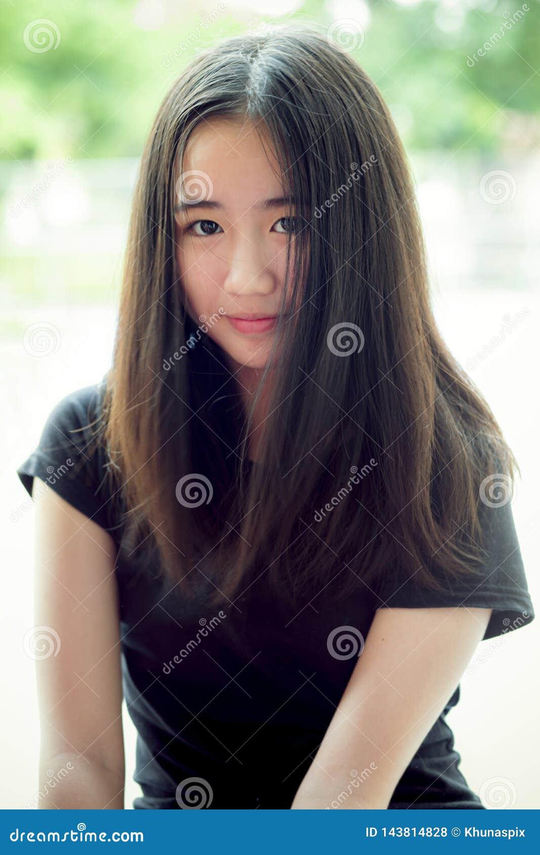 beautiful thai girl teen