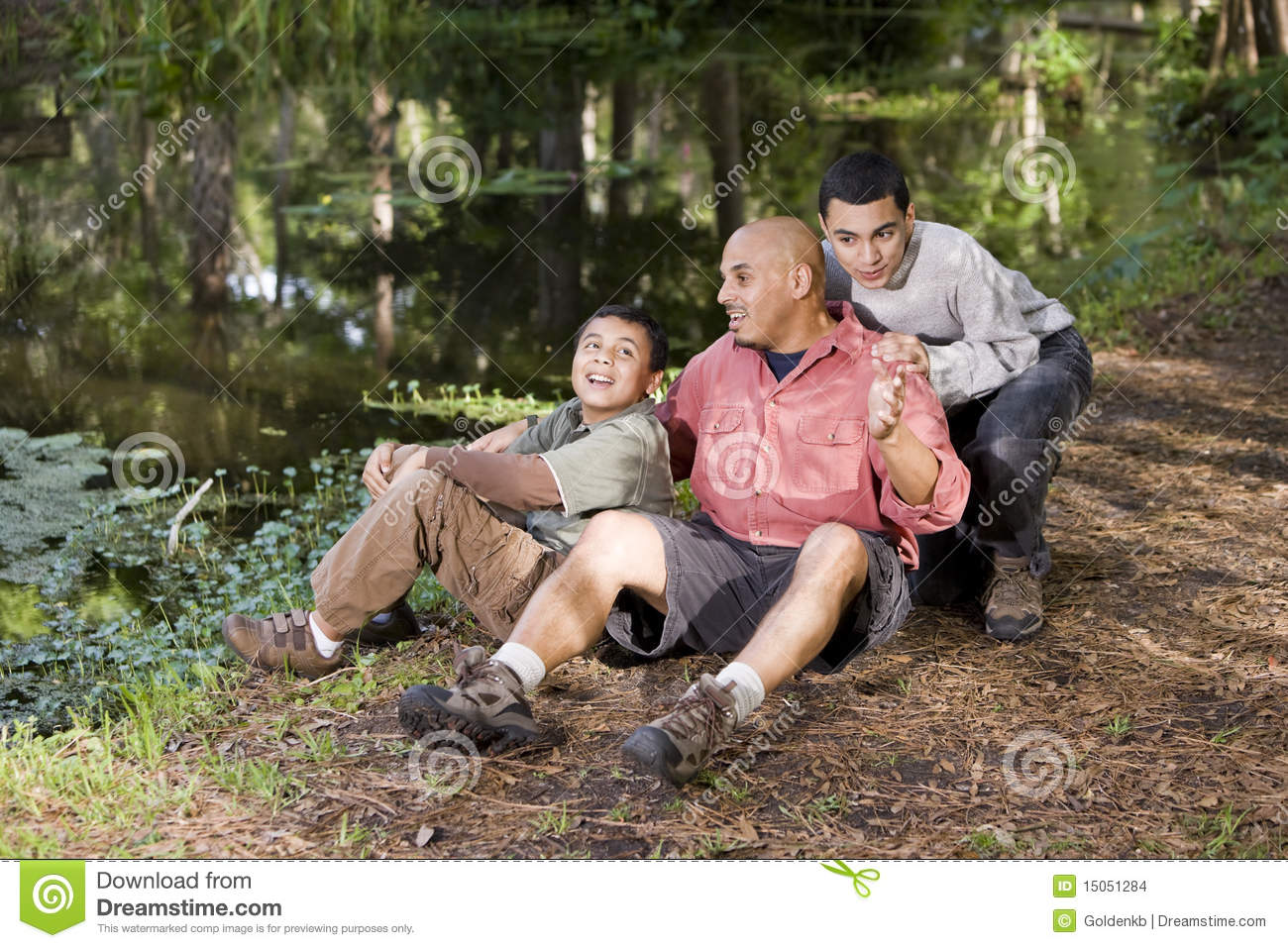 hispanic single men in green camp Meet hispanic/latino marine men and find your true love at militarycupidcom sign up today and browse profiles of hispanic/latino marine men for free.