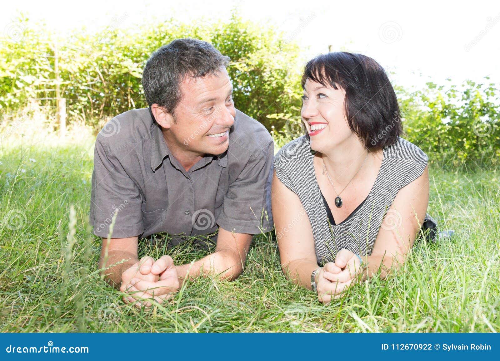 BARBRA: Outdoor mature couple