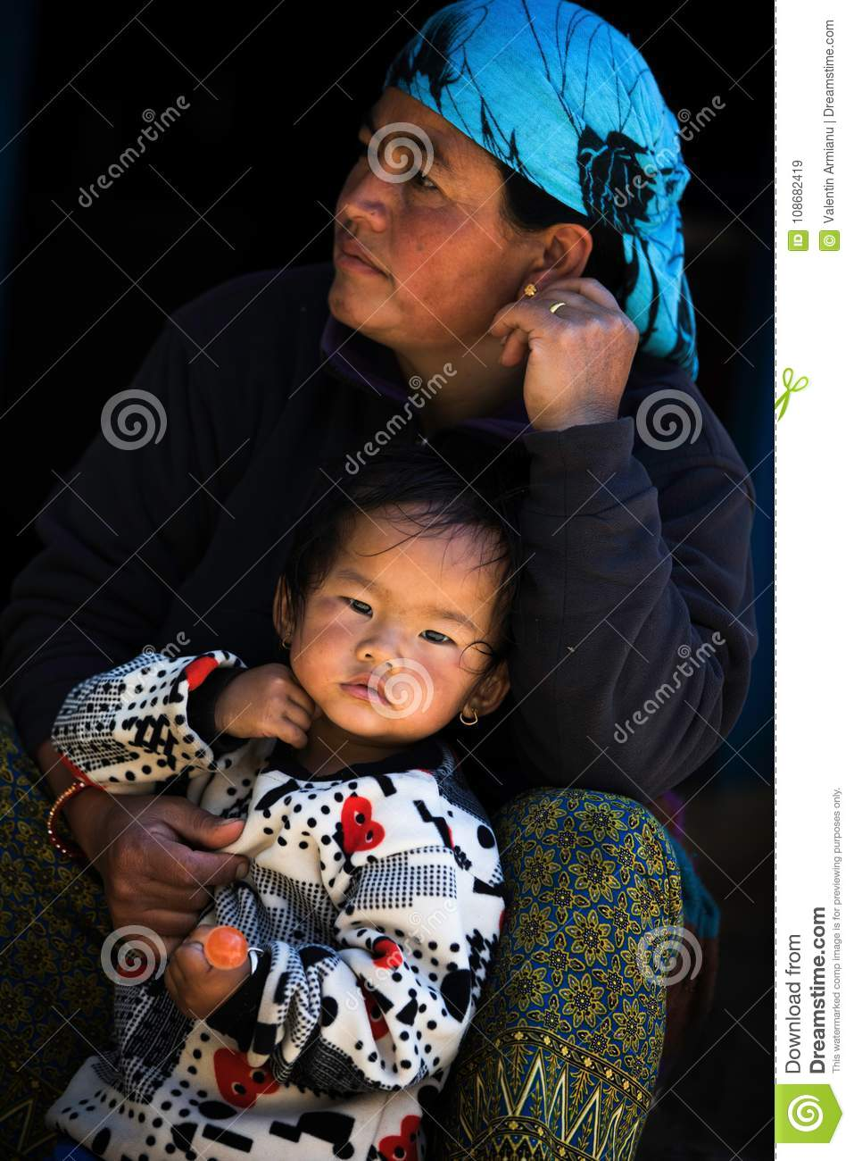 Portrait nepalese mother and child