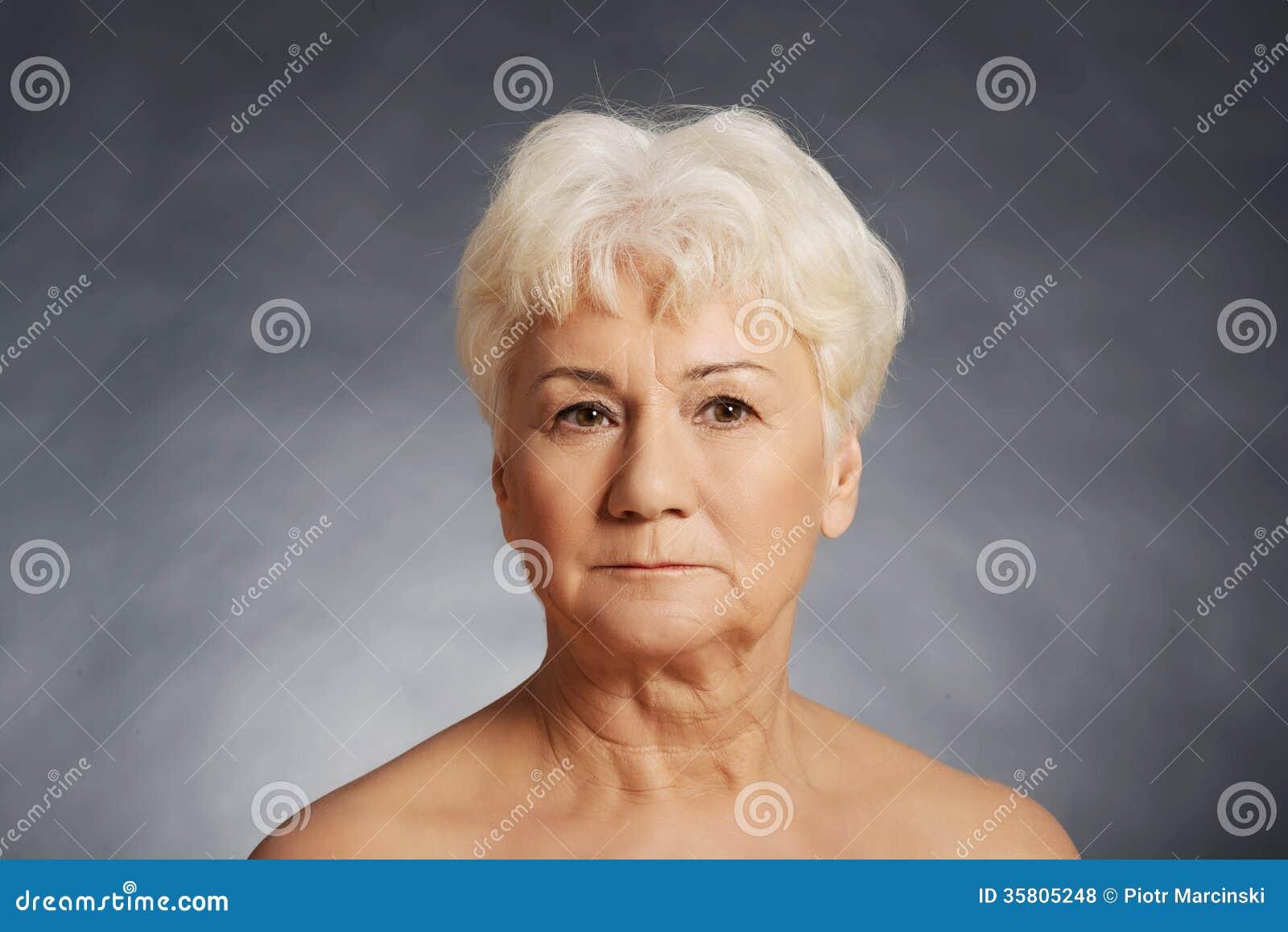 Free Older Women Nude 46