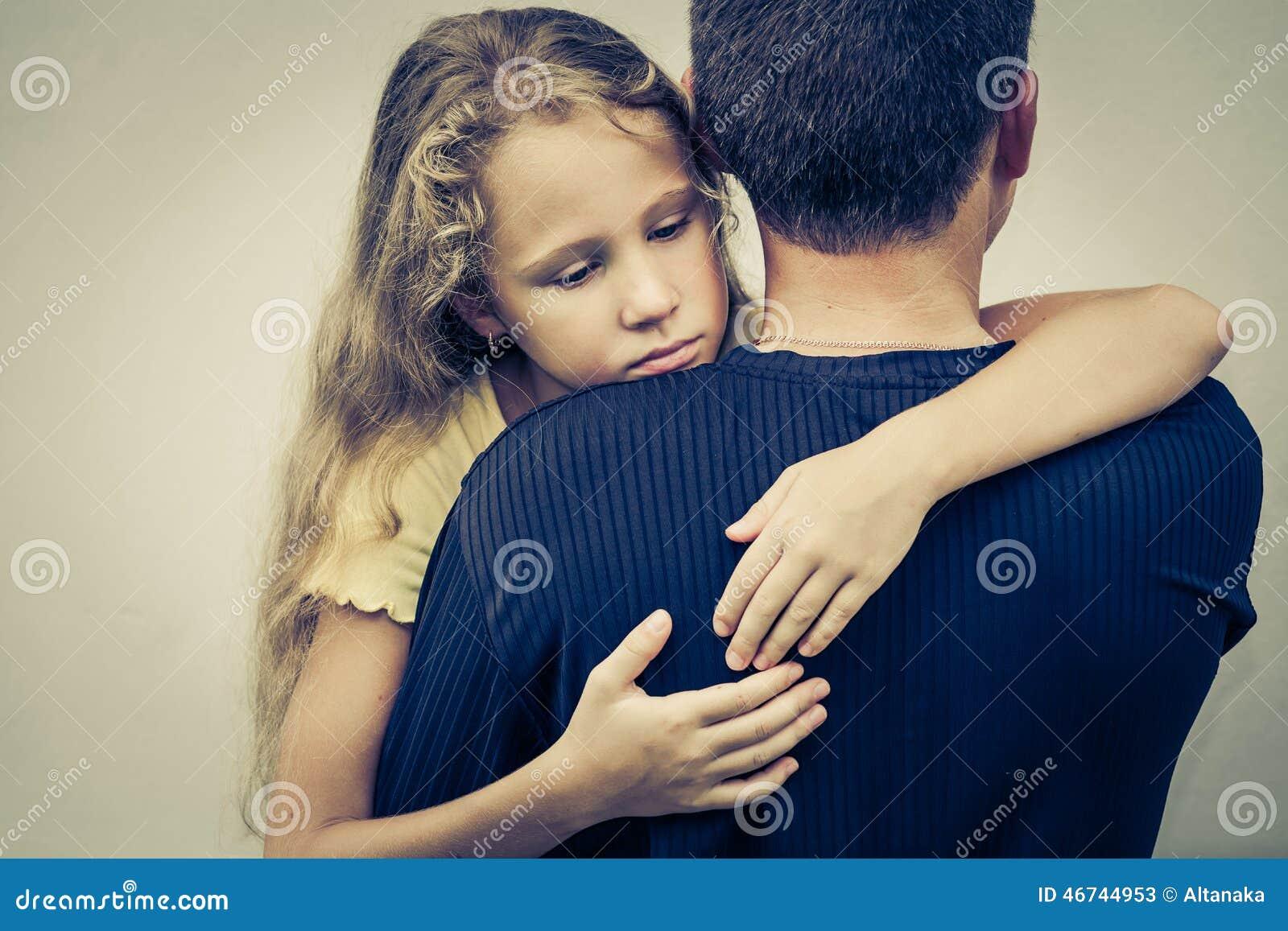 Русские отец и дочь занимаются сексом онлайн бесплатно, Отец и дочь, отец ебет дочь - Смотреть порно видео 26 фотография