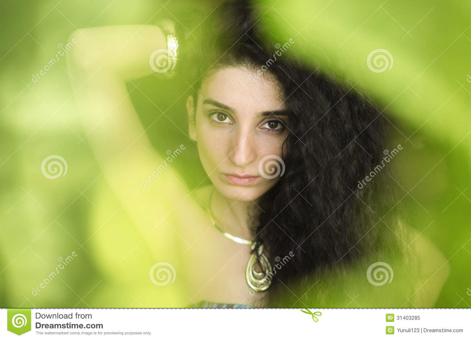 drummond brunette close - photo #40