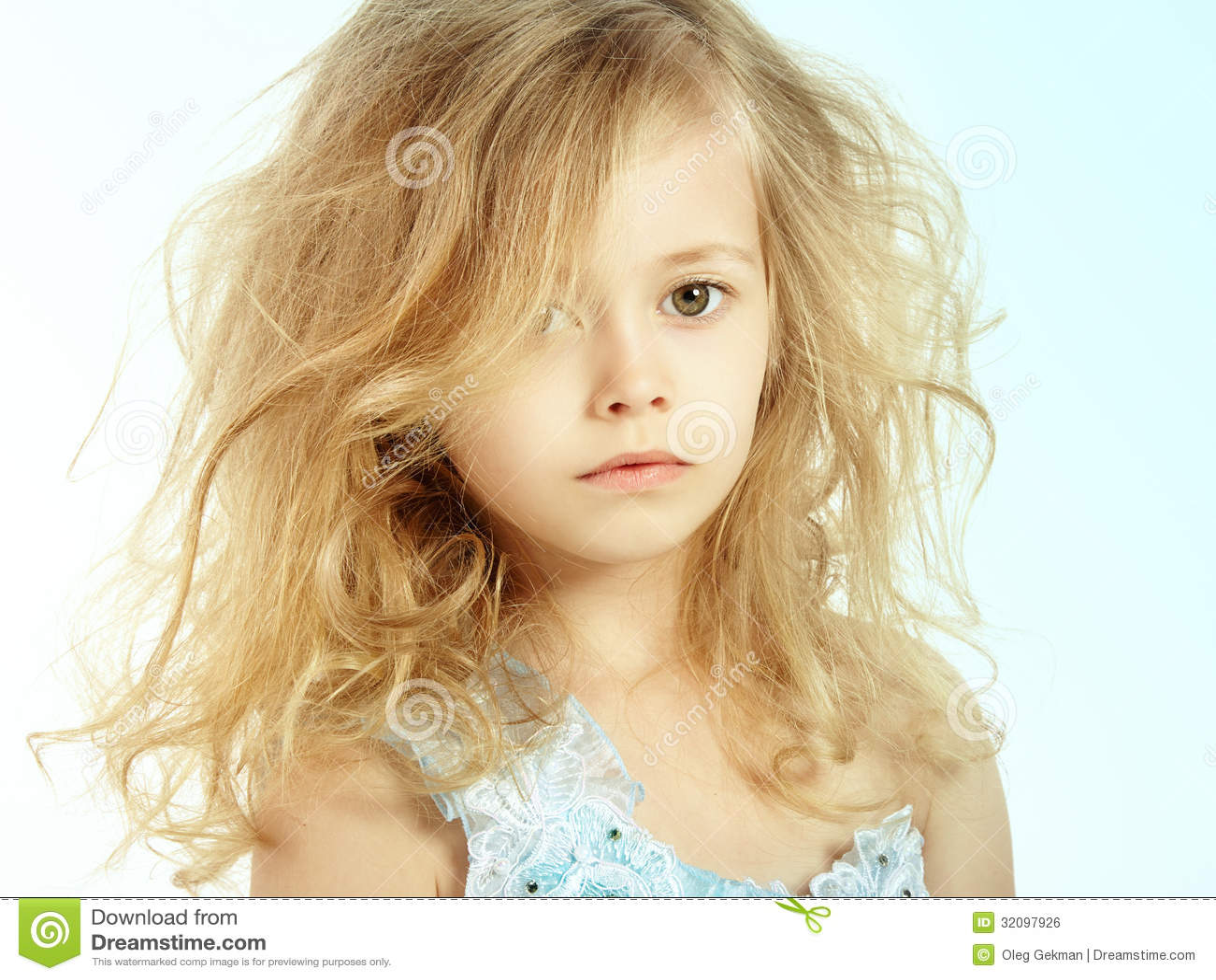 portrait of pretty little girl stock photo image 32097926. Black Bedroom Furniture Sets. Home Design Ideas