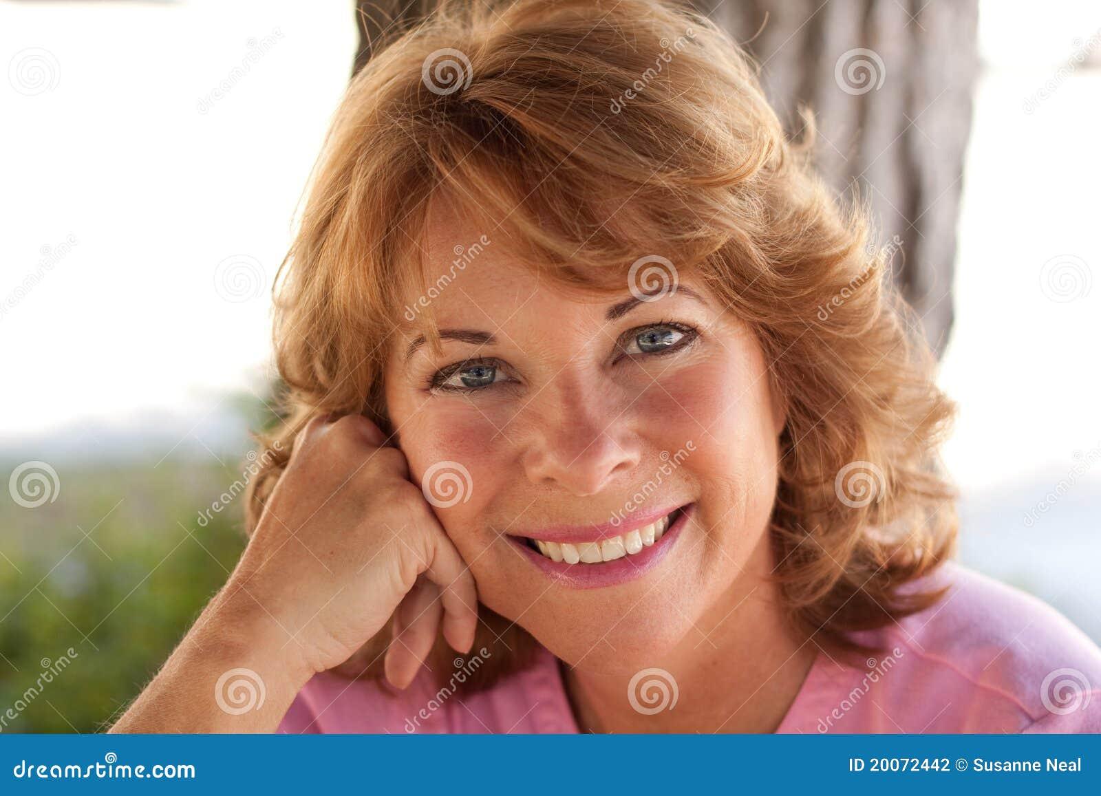 Sexy hd redhead model