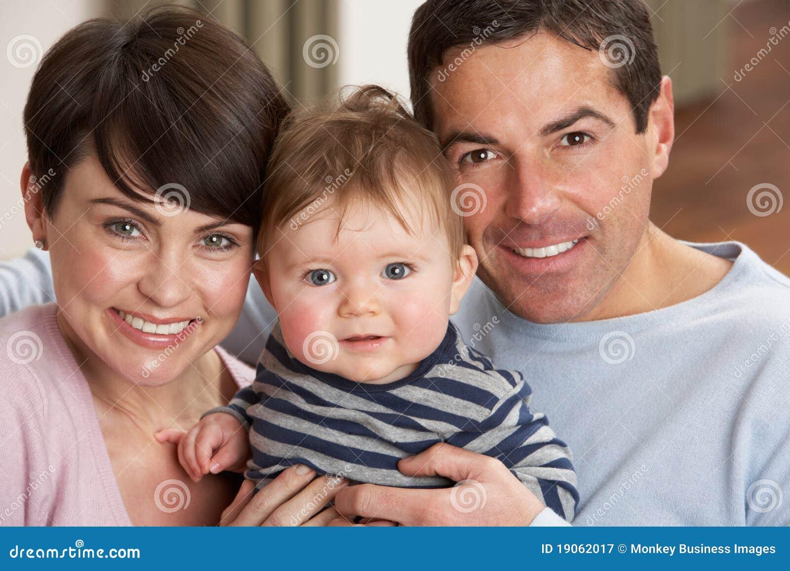 Фото молодых пар с детьми
