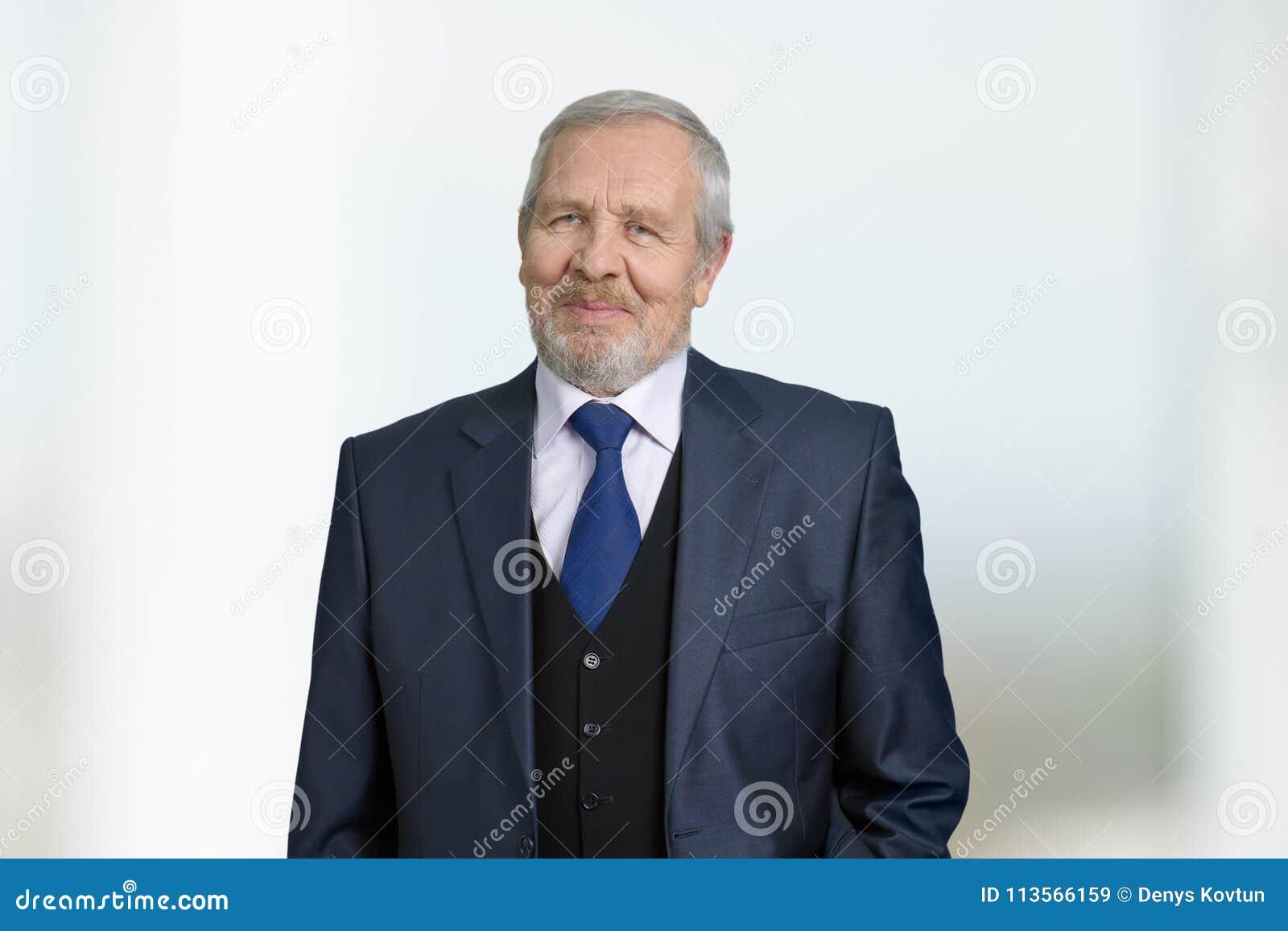Portrait réussi sûr d homme d affaires