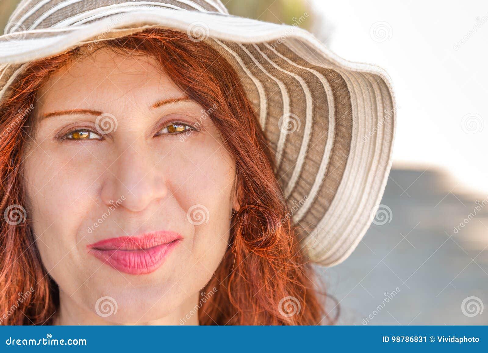 Mature women in panty hose