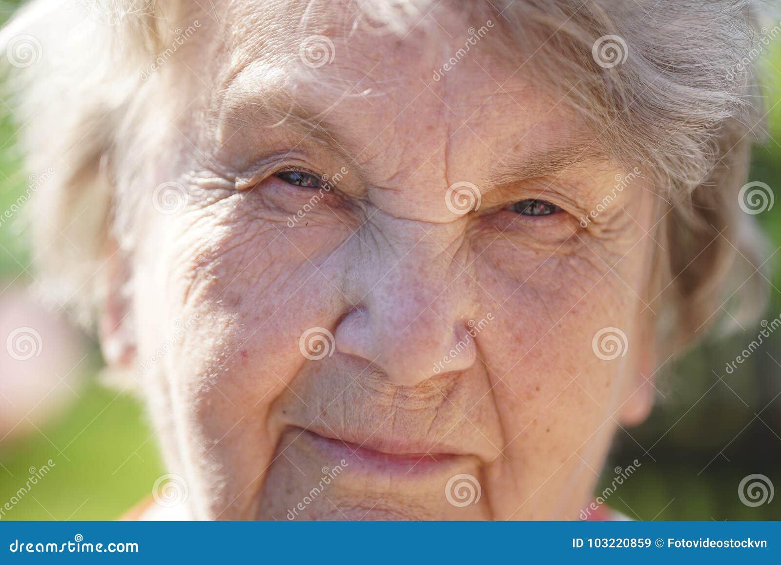 mature-old-free-pics