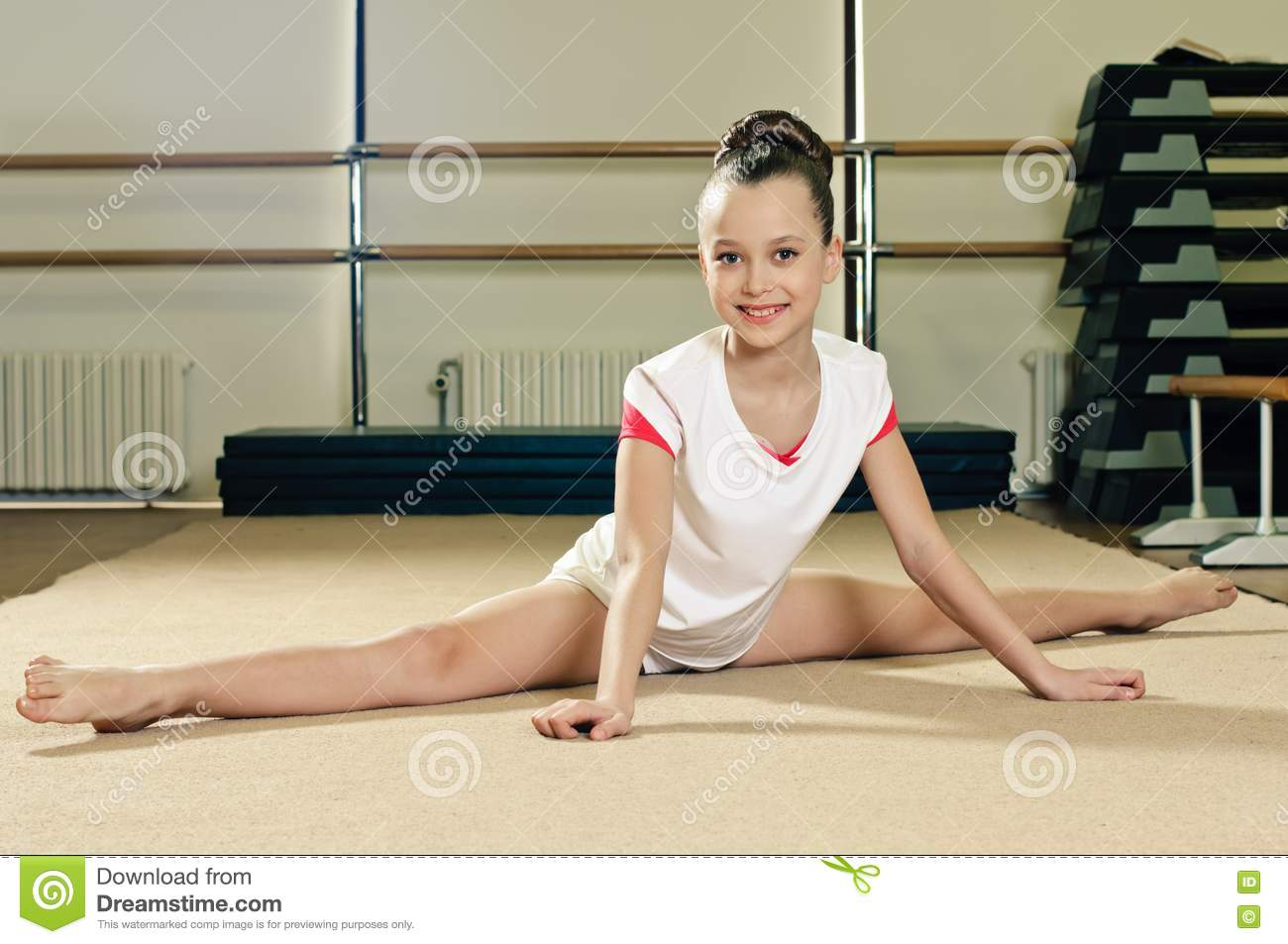 Portrait In The Splits Royalty Free Stock Image - Image: 19625836