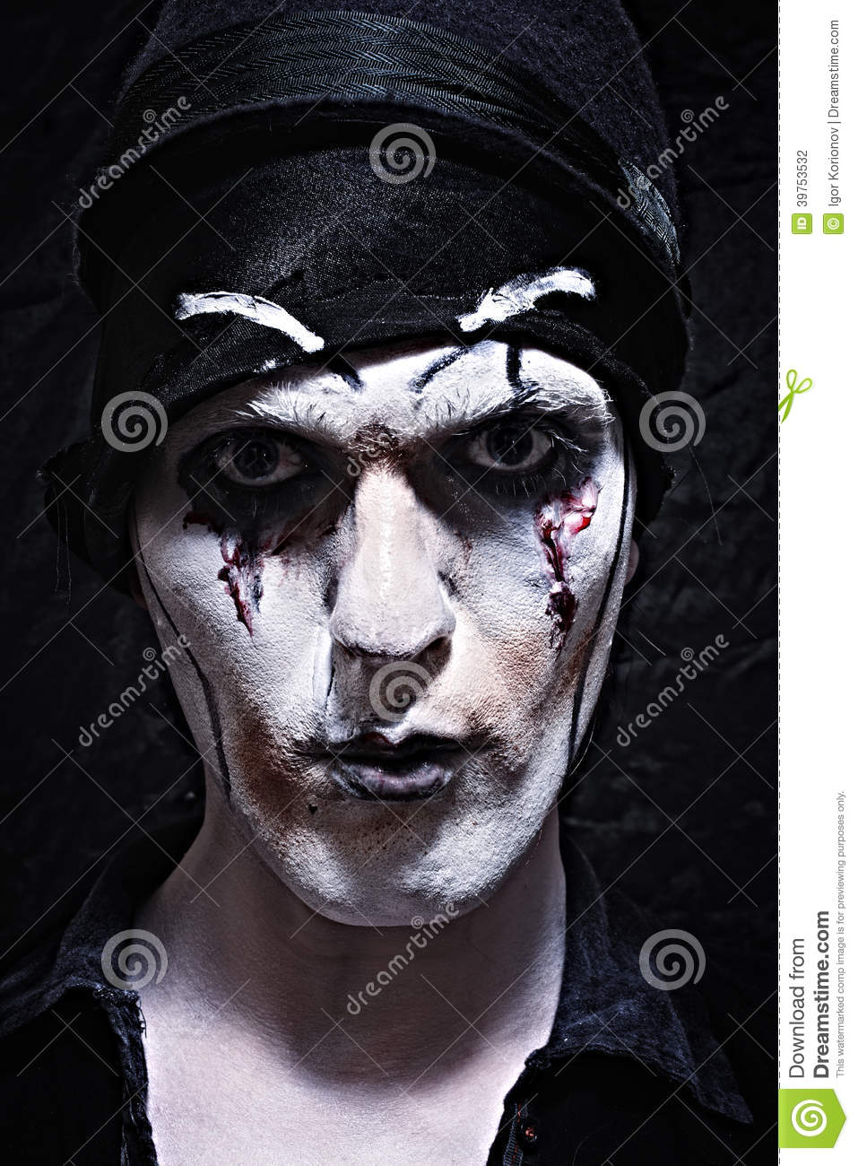 2b812e2bab6 Portrait Of A Theatrical Actor With Dark Makeup Stock Photo - Image ...