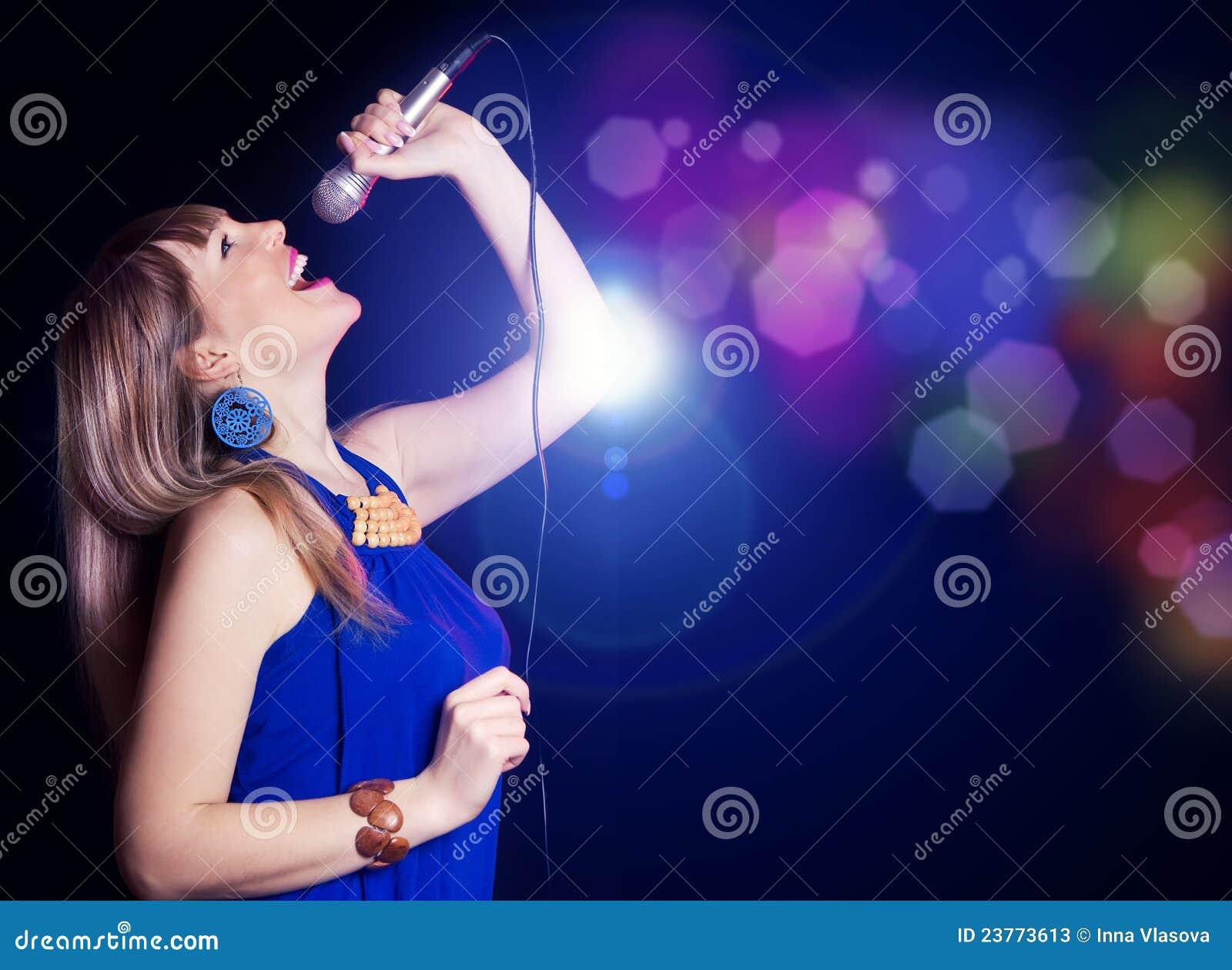 Как научиться петь в домашних условиях 8