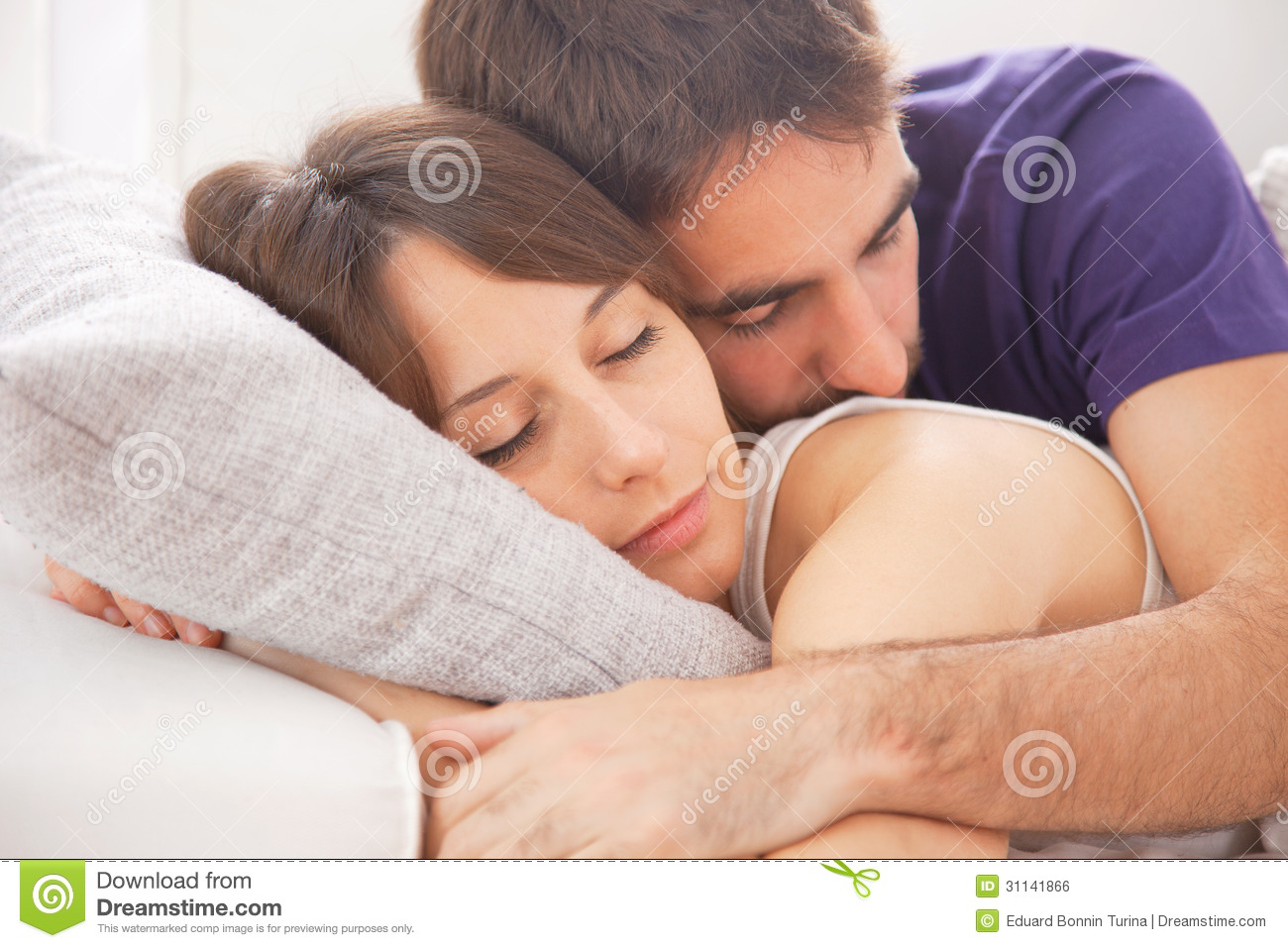 Portrait Of A Young Couple Sleeping On Bed Royalty Free  : portrait young couple sleeping bed lovely resting bedroom 31141866 from www.dreamstime.com size 1300 x 957 jpeg 323kB