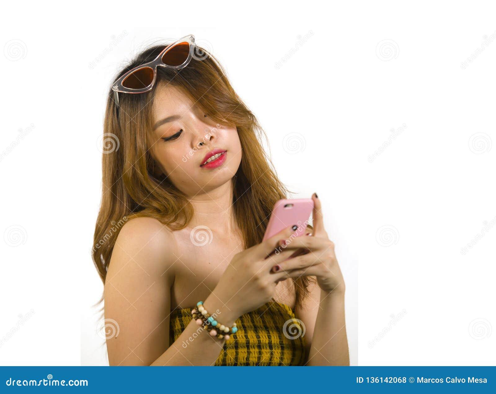 koreanska online dating app Rihanna drake dating TMZ