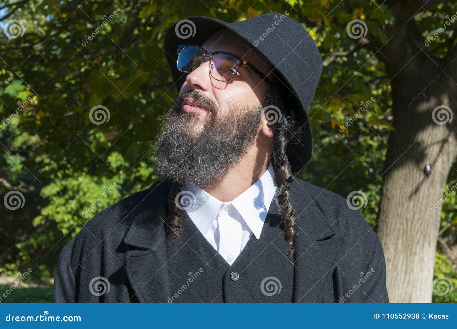 Jewish Senior Old Man Talks Emotionally