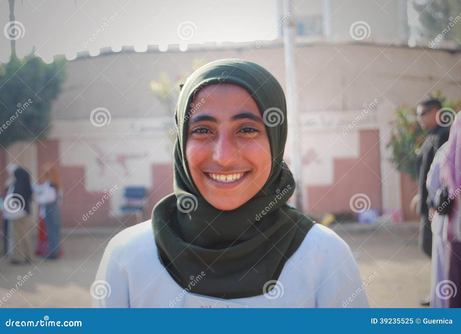 Arab girl cairo - 2 1
