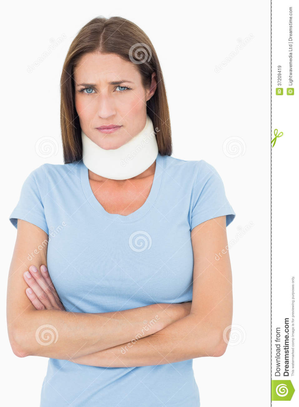 how to wear a cervical collar